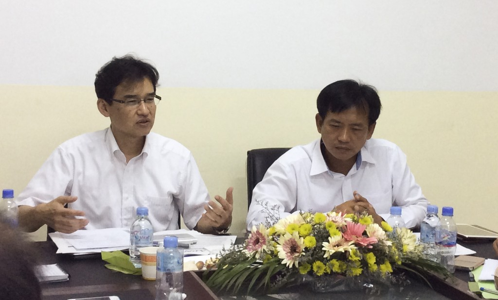Consultation Meeting with Ministry of Environment, Cambodia and stakeholders, 27 May 2014 (Right: H.E. Sok Keang, Advisor to the Ministry of Environment, Cambodia; Left: Dr. Akio Takemoto, APN Secretariat Director)